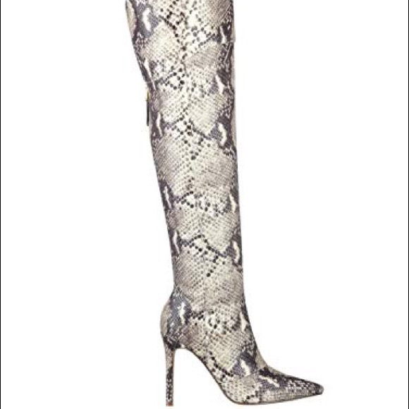 15ce729e319 Guess NEW Naddy SnakeSkin Over Knee Boots Sz 8